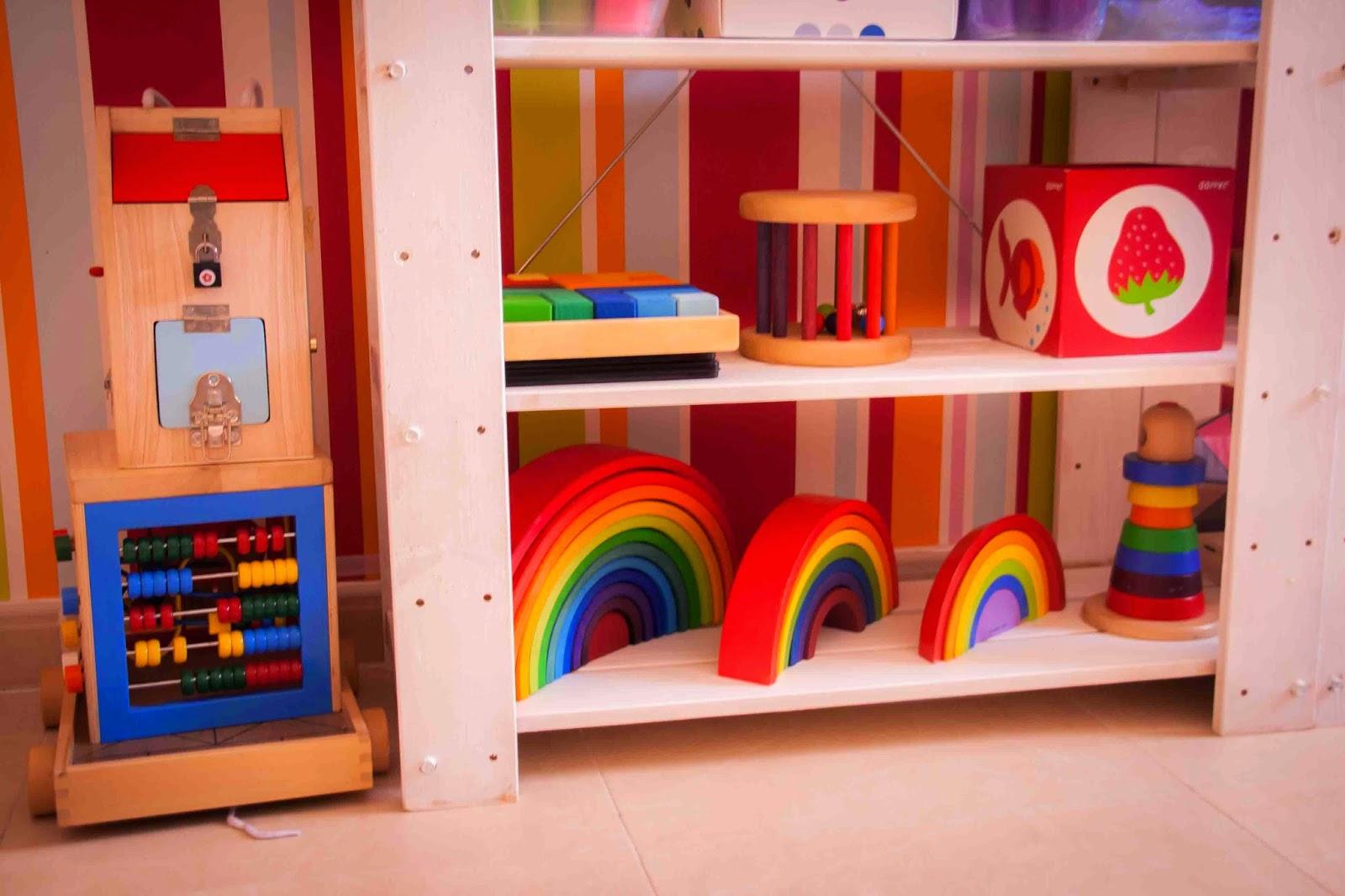 Contenido de nuestras estanterias verano 2014 tigriteando for Caja almacenaje infantil