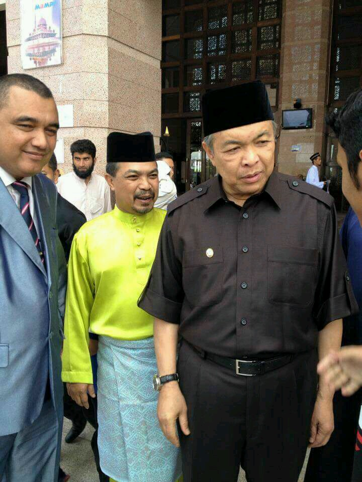 MKR WITH TPM & JPM MINISTER