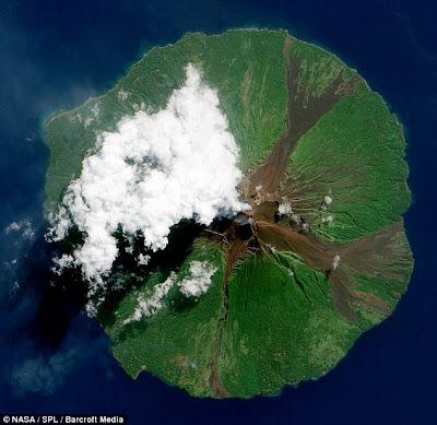 Letusan Gunung Berapi Di Lihat Dari Angkasa