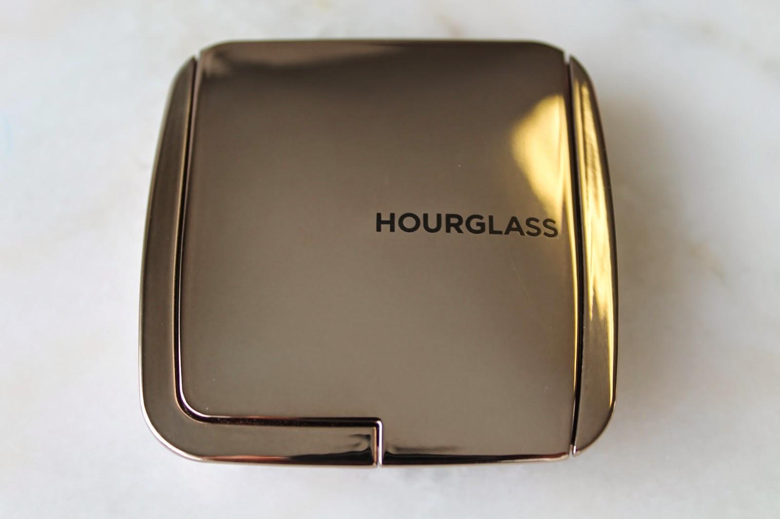 Hourglass: Ambient Lighting Blush