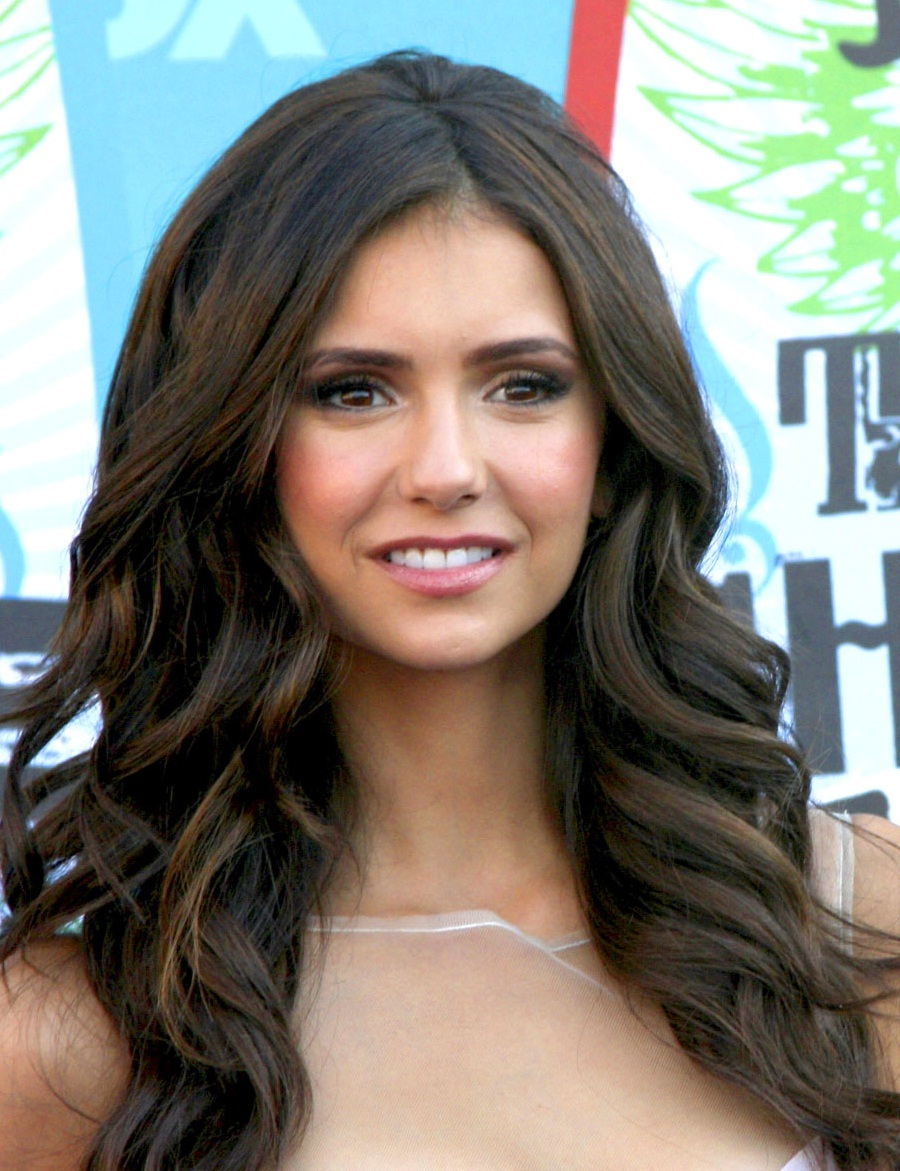 Nina Dobrev Hairstyles Elena From Vampire Diaries