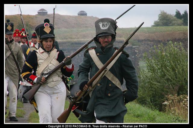 Charge de soldats lors de la Reconstitution du bicentenaire du siège de rocroi