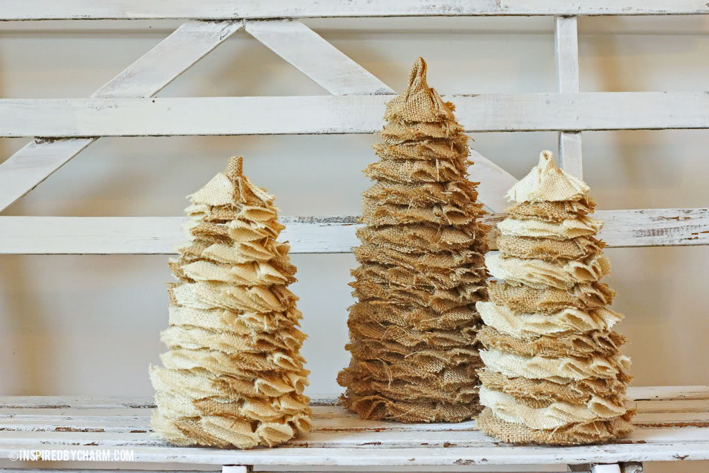 inspired by charm - Ideas For Decorating Christmas Trees With Burlap