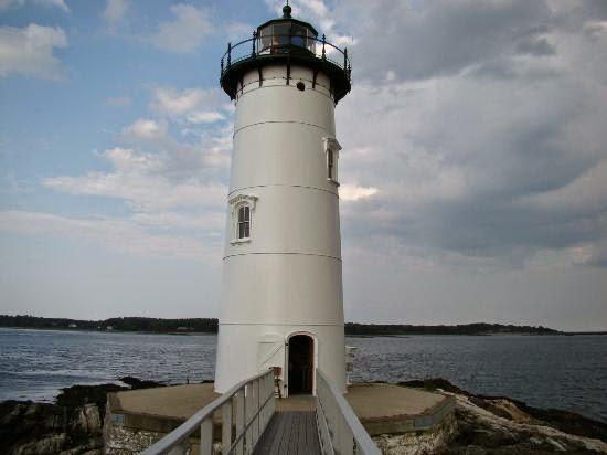 [Hình: portsmouth-harbor-lighthouse.jpg]