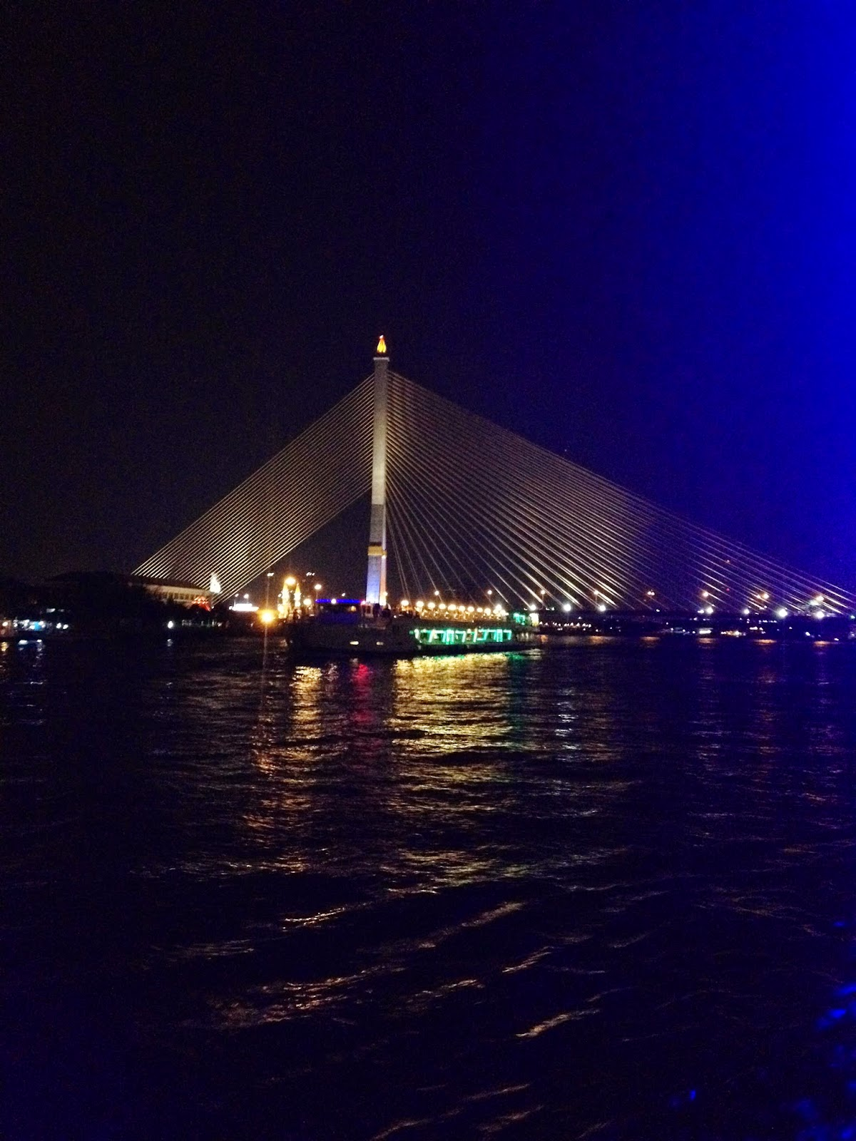 Chao Phraya Dinner Cruise Bangkok Bridge