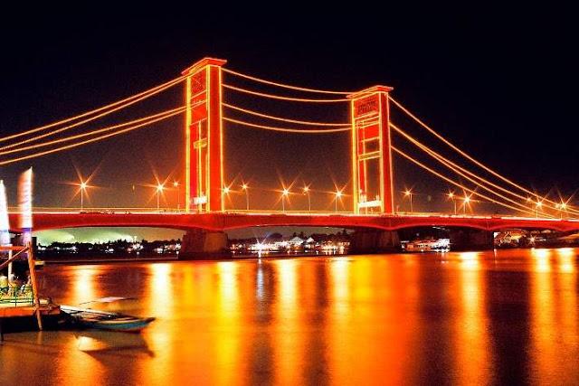 Eksotisme Jembatan Ampera di Malam Hari 2