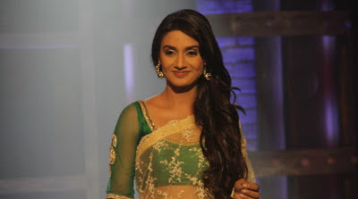 Rati Pandey Photos in Saree