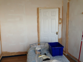 Preparing the bedroom for painting