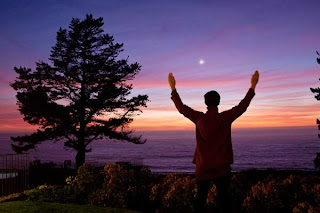 Like Countless Spiritual Pilgrims, Esalen Institute Faces Its Own Midlife Crisis