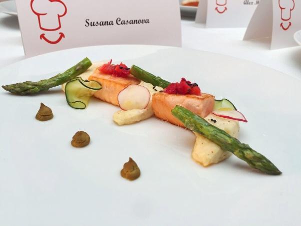 salmón, coco loco y falso wasabi