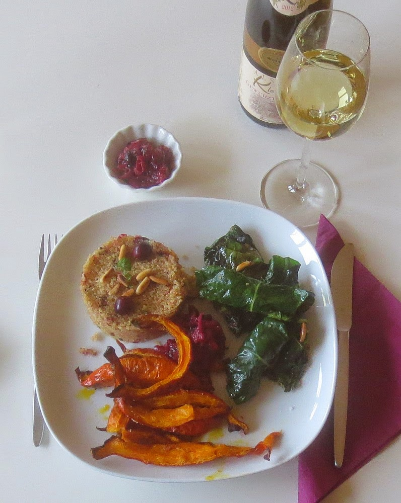 Mangoldpäckchen mit Cranberry-Quinoa und Hokkaidokürbis