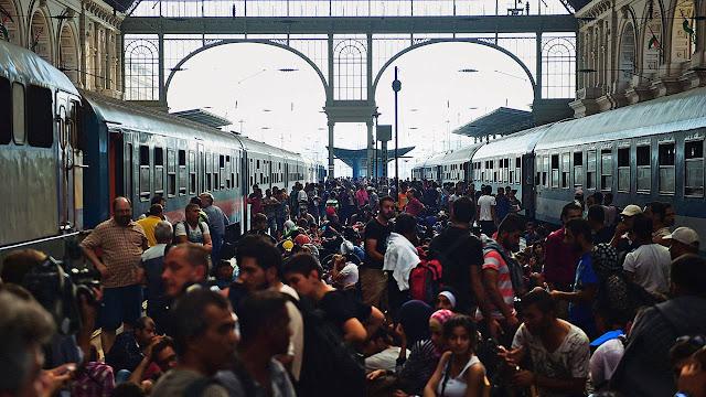 Refugiados en estación de metro