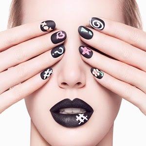 Como remover esmalte escuro das unhas facilmente