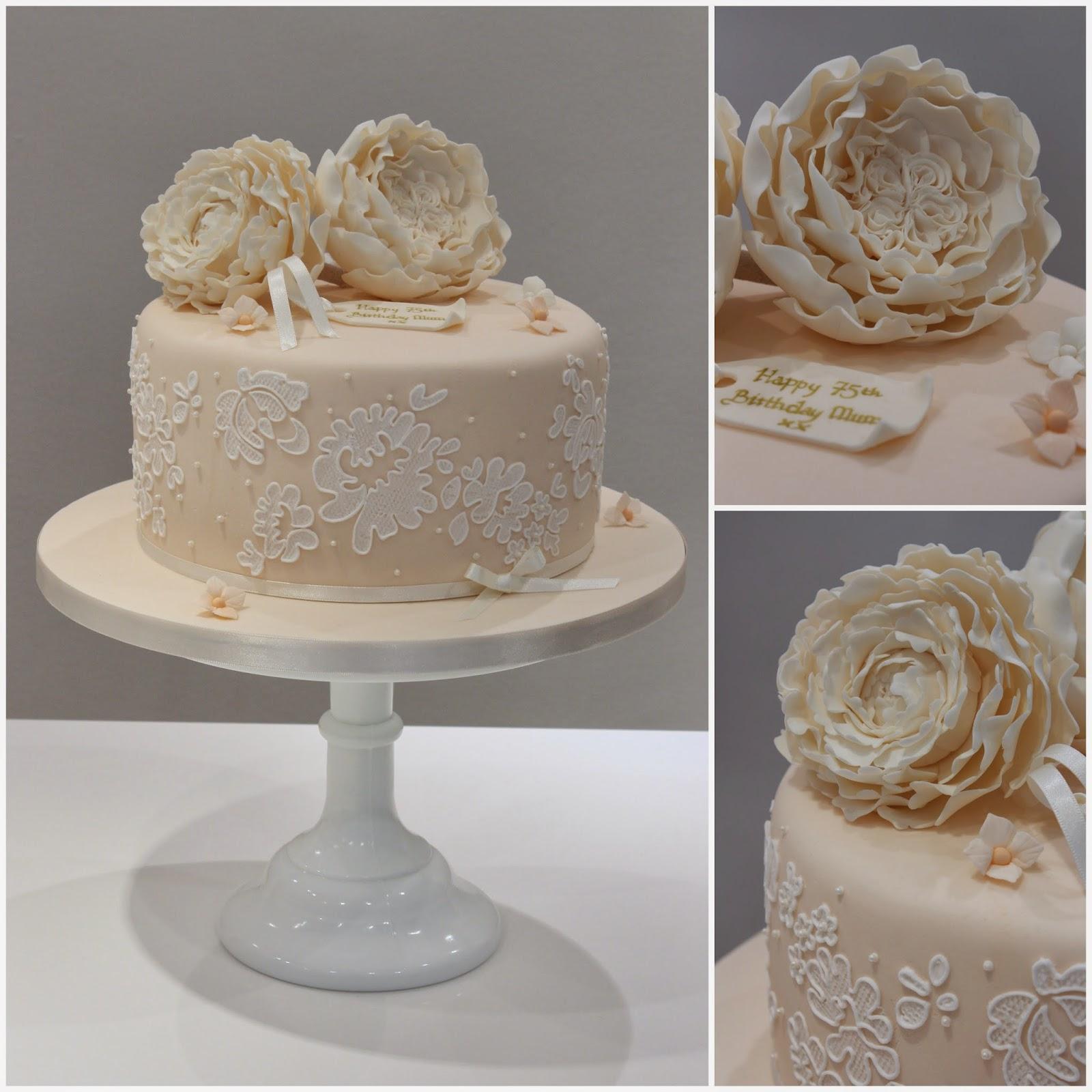 Tiers & Tiaras: David Austin Vintage Birthday Cake