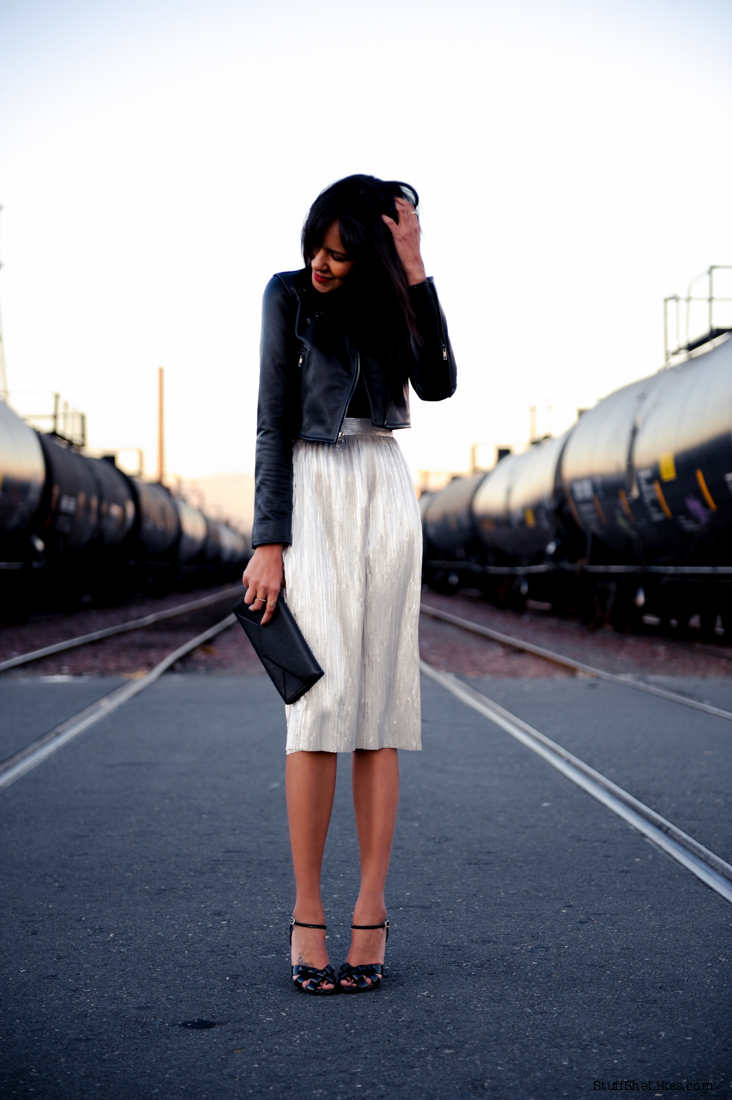Holiday, silver skirt, Leather jacket, cropped leather, Blach clutch, Marc jacobs heels