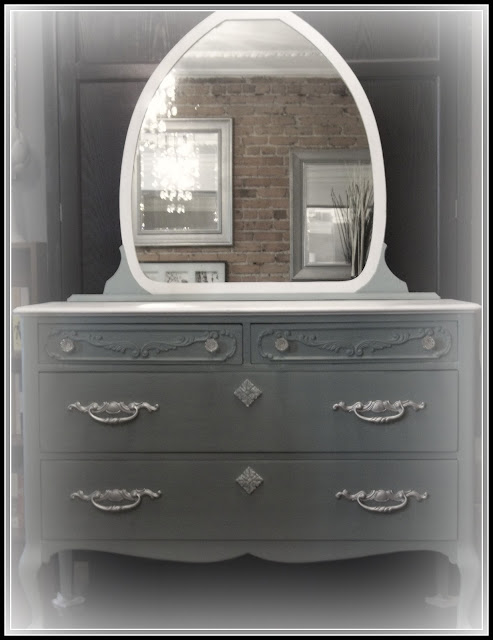 duck egg blue, antique, makeover, chalk paint, montreal