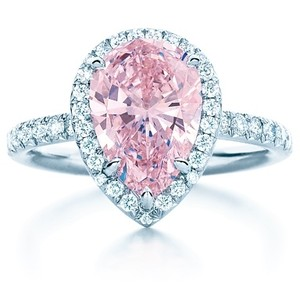 Tiffany Fancy Intense pink diamond ring
