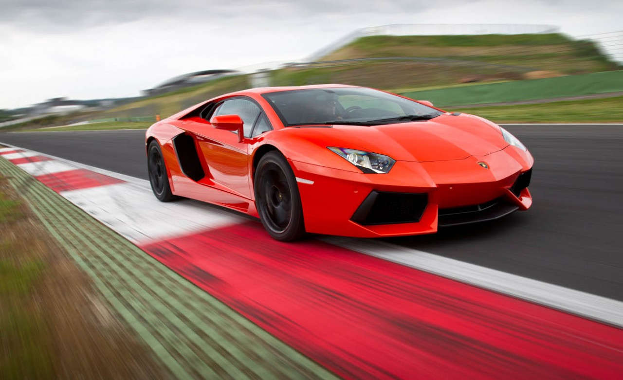2012 Lamborghini Aventador LP700 4 Super Sports Car