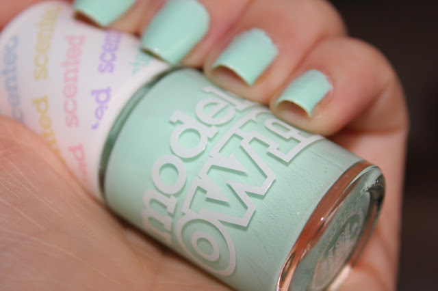 NOTD Models Own Apple Pie - Knickers&Nailpolish
