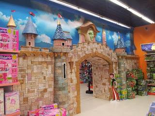 Детски магазин Hippoland декор на приказен замък 3