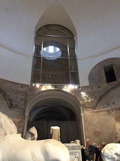 Intérieur - Temple de Romulus - Forum - Rome