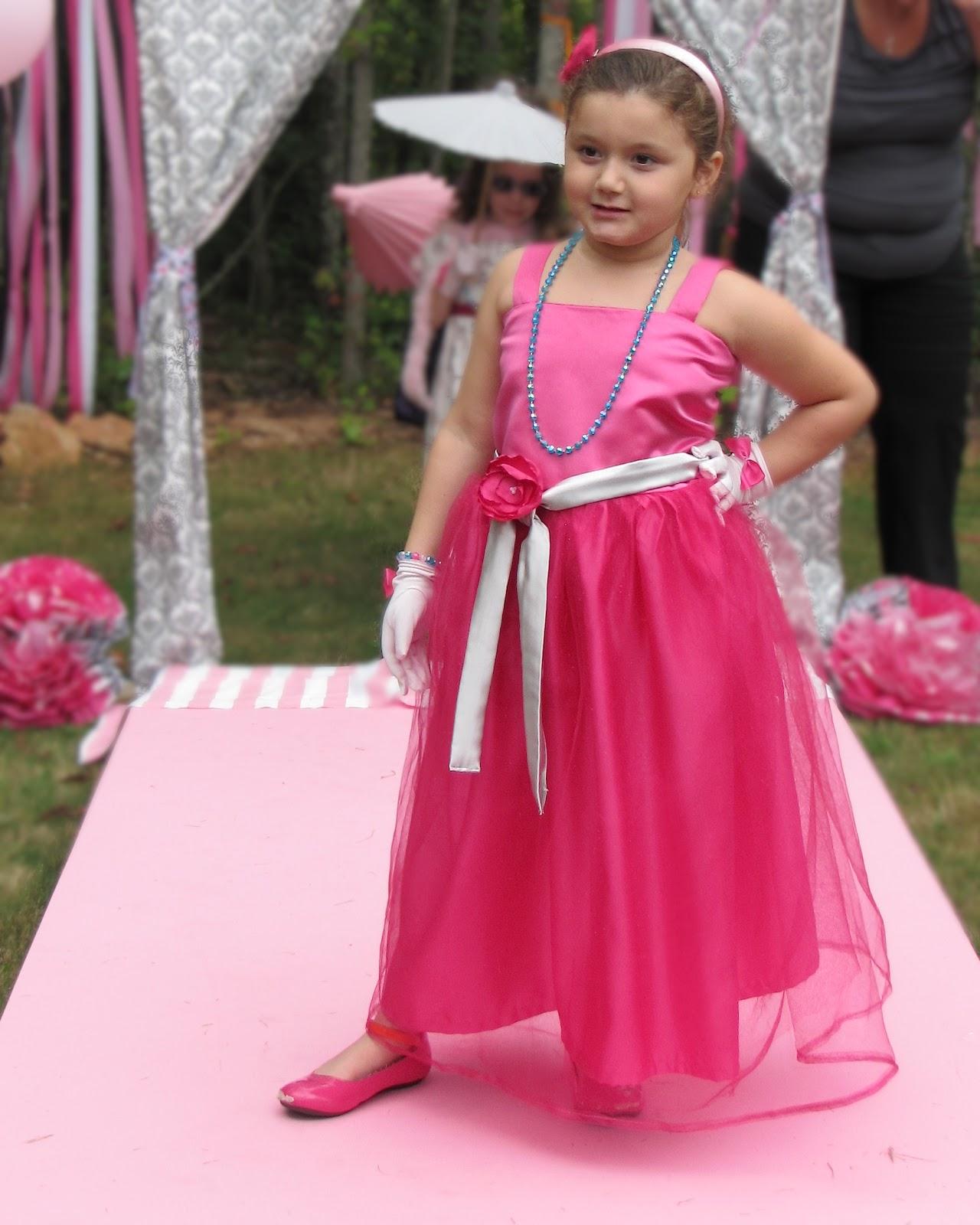 The Modest Homestead: Barbie Dress {Tutorial}