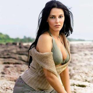 Neha Dhupia Height, Weight, Body Measurements