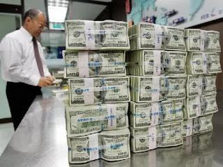 Cadangan devisa indonesia turun sebesar $US 2,8 miliar
