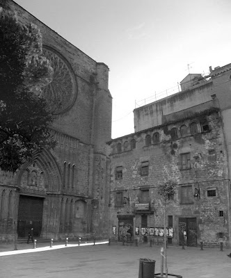 Plaça del Pi in Barcelona Gothic Quarter