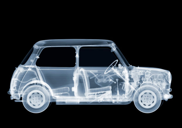 fotografia,rayos x,photographs,x rays,nick Veasey,black,white,interior,coche,mini,car