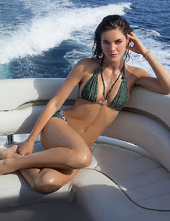 Hilary Rhoda, Bikini Pics, Sports Illustrated Pics