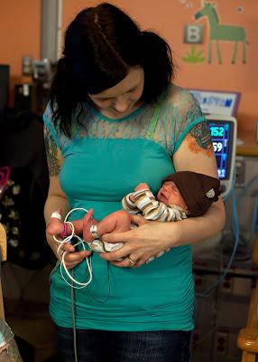 NICU preemies, what to expect preemie, what to expect NICU, time in NICU, having a preemie, prematurity awareness