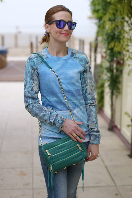 Sea printed sweatshirt, Rebecca Minkoff zipper bag, Fashion and Cookies
