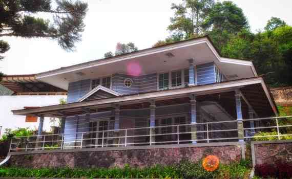 Bungalow Lembah Hijau Executive Deluxe 5 Rooms