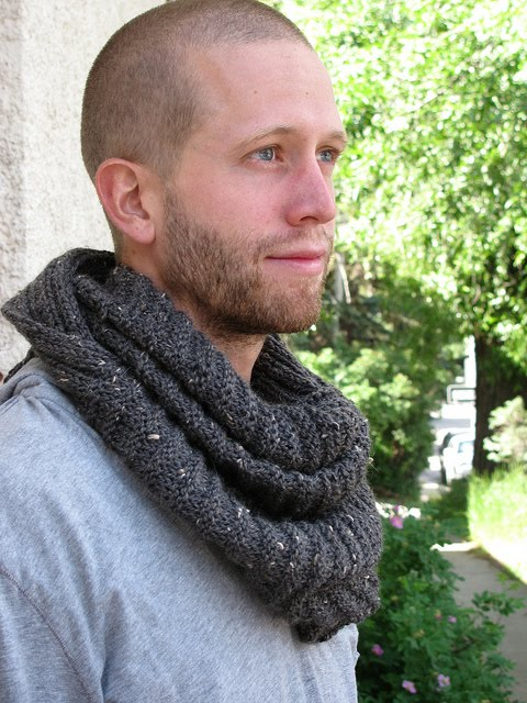 Alex Capshaw-Taylor: The Nottingham Infinity Scarf