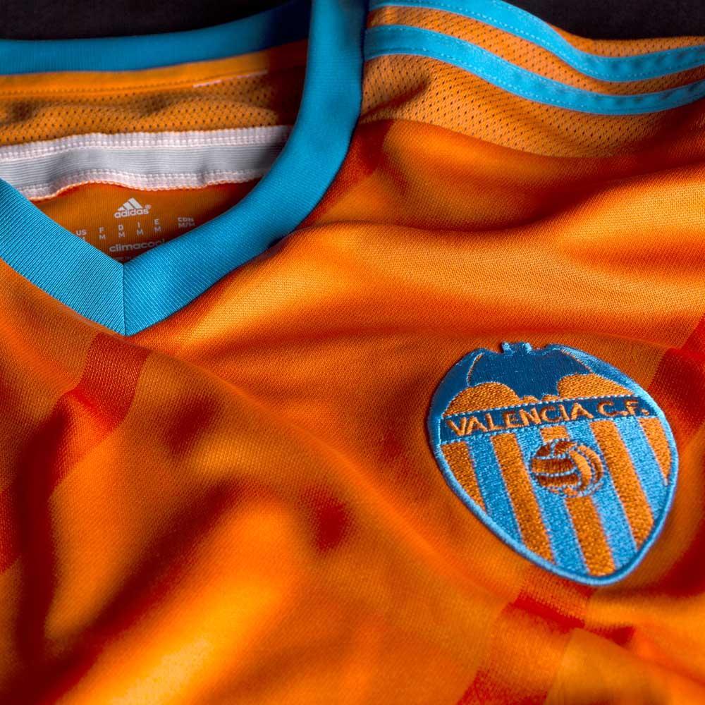 Valencia-14-15-Away-Kit+(2).jpg