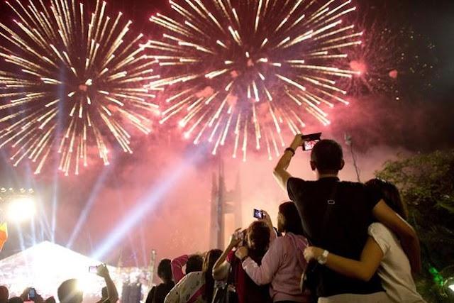 Países reciben con júbilo el nuevo año 2016