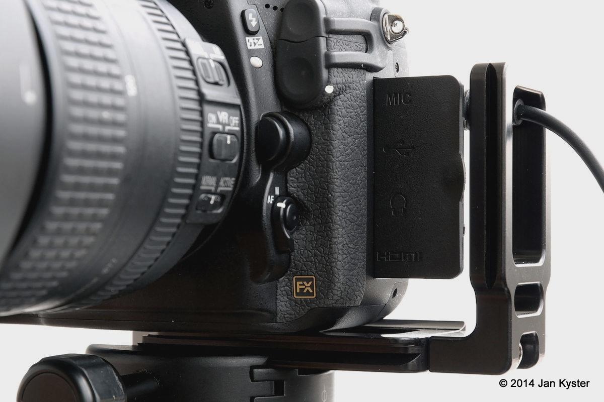 Nikon D800 w/ Hejnar ND800 MLB slid off / connector door open front