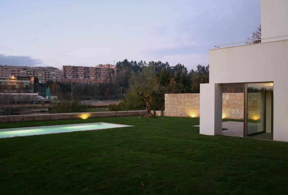 Arquitecto e projecto de arquitectura utopia arquitectos for Casa moderna wiki