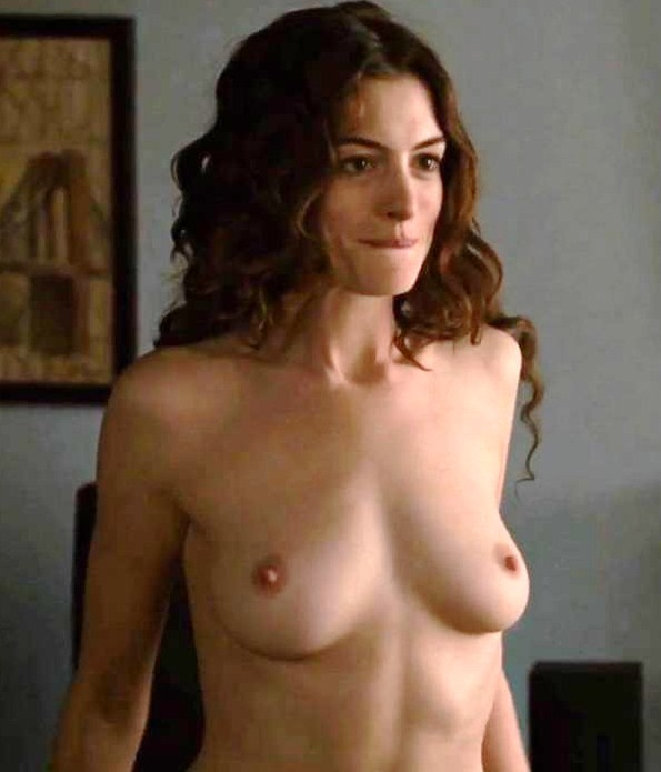 Anne Hathaway Lesbian 24