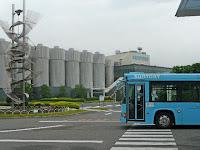 阪急長岡天神駅から無料循環シャトルバスでサントリー京都ビール工場見学した。