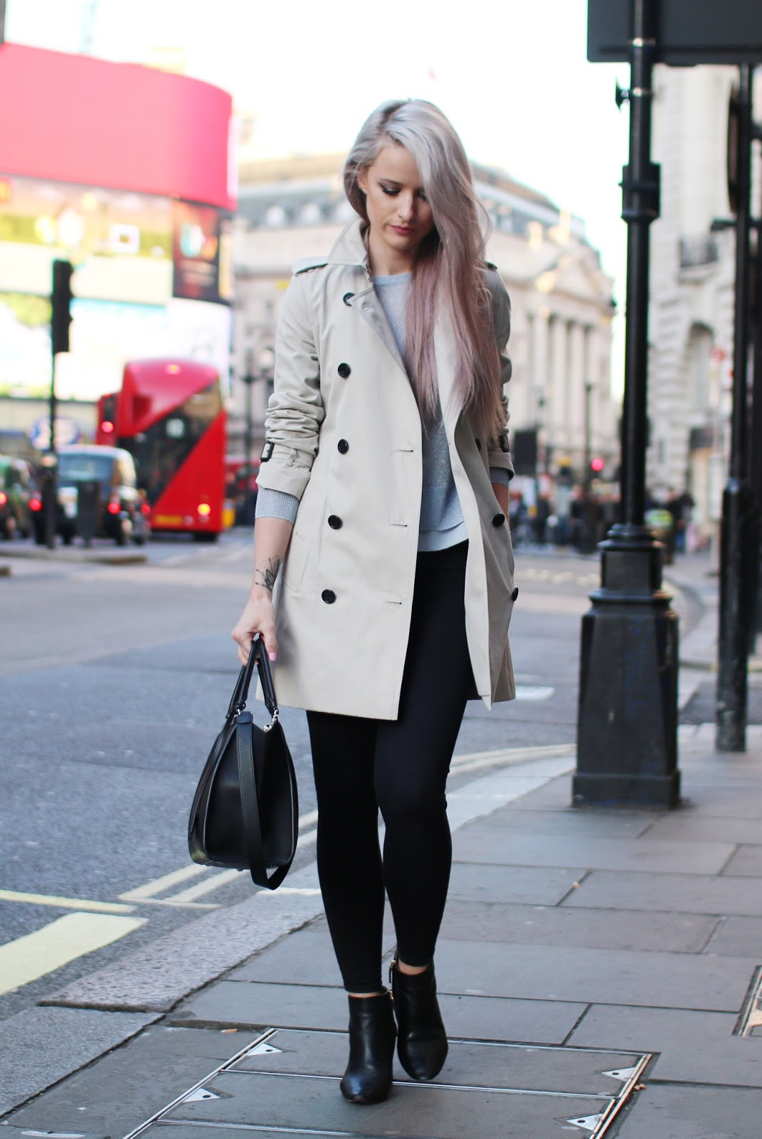 Burberry Trench / Chloe Boots / Whistles Knit / Topshop Jeans / Fendi Tote