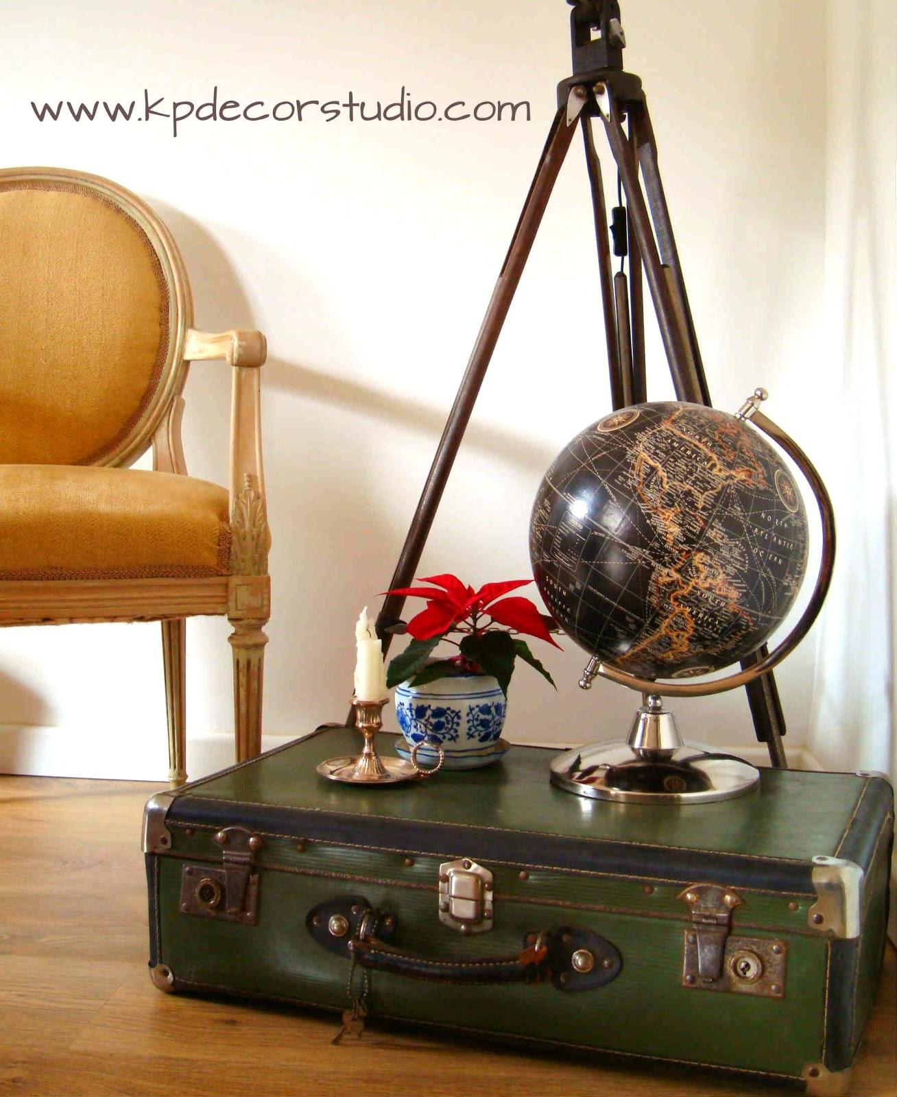 Kp tienda vintage online maleta antigua color verde for Maletas antiguas online