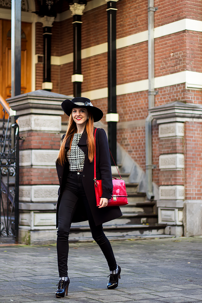 8 Ways to wear a black high waisted skinny jeans