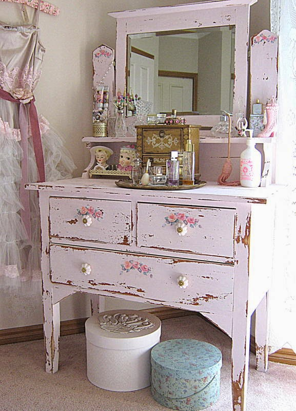 Vintageandart chalk paint using builders lime - Muebles shabby chic ...