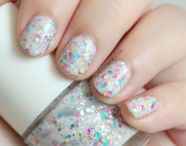 Innisfree nail polish no. 121 swatch