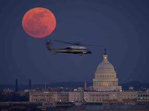 FULL MOON OVER WASHINGTON