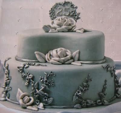 Bolo de festa das bodas de prata com significado