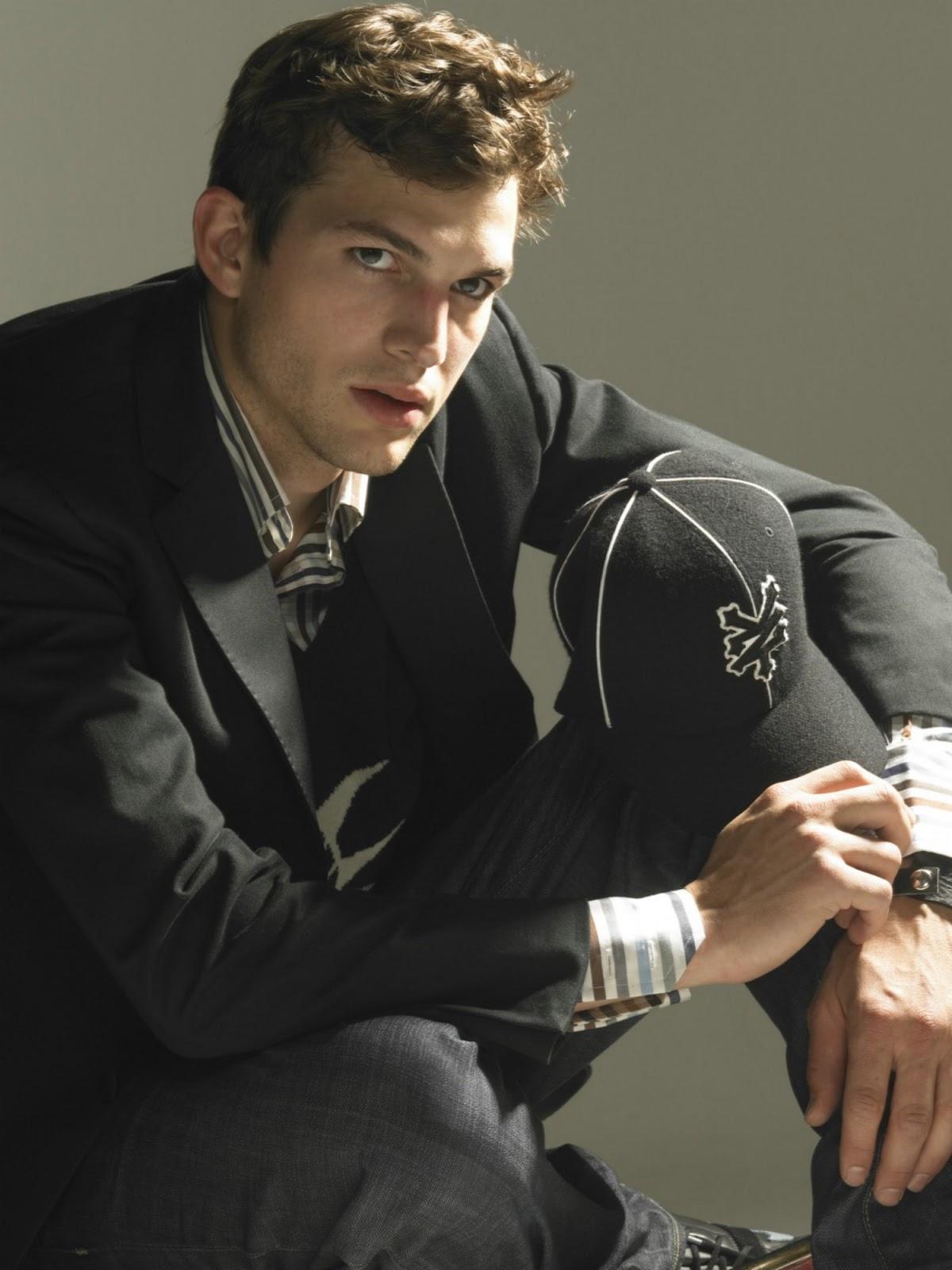 Ashton Kutcher Photos ... Ashton Kutcher