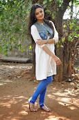 Nikitha Narayan new glam pics-thumbnail-13